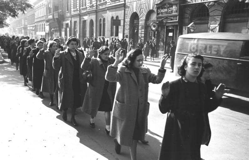 Budapest, Festnahme von Juden